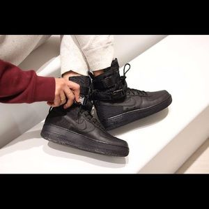 Nike SF Air Force 1 Women's Shoes Size 9